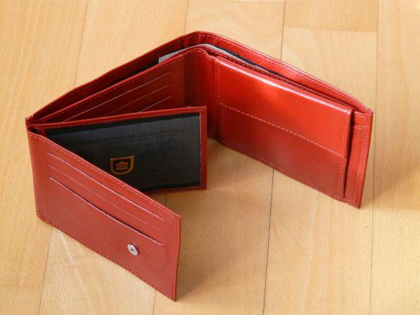 Geldbörse rot